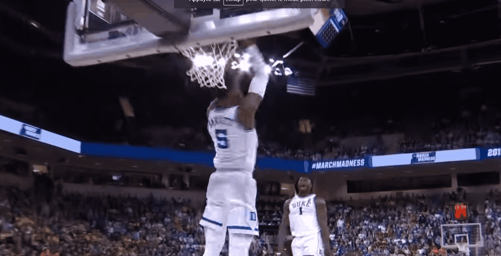 Top 10 NCAA : le gros dunk de RJ Barrett devant un Zion Williamson fou