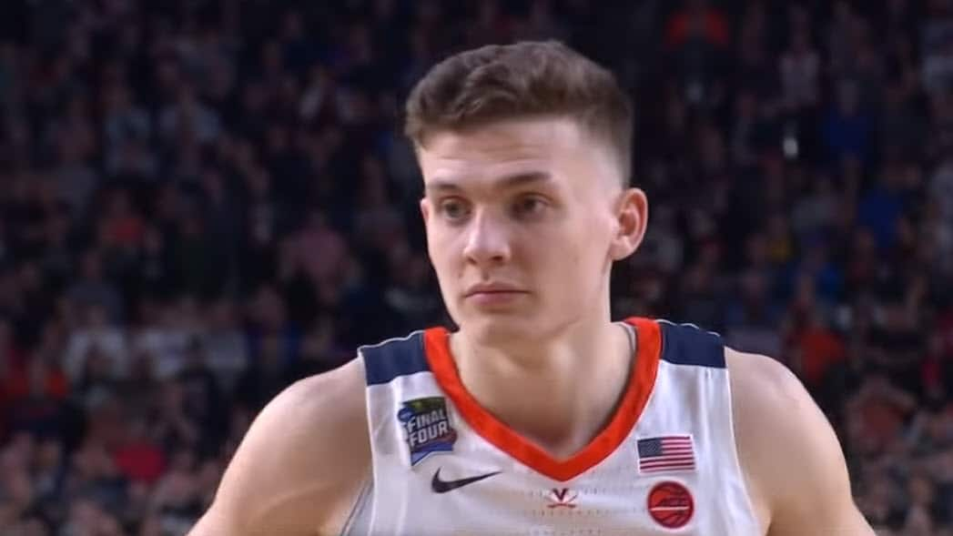 Virginia gagne la finale en prolongation contre Texas Tech — March Madness