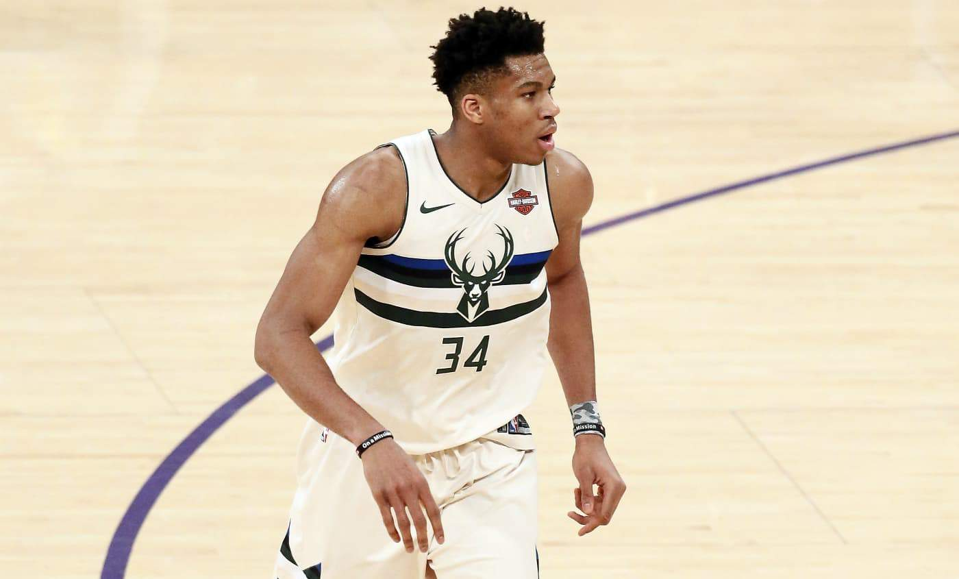 Giannis : « Je peux être champion sans shooter à 3 points »