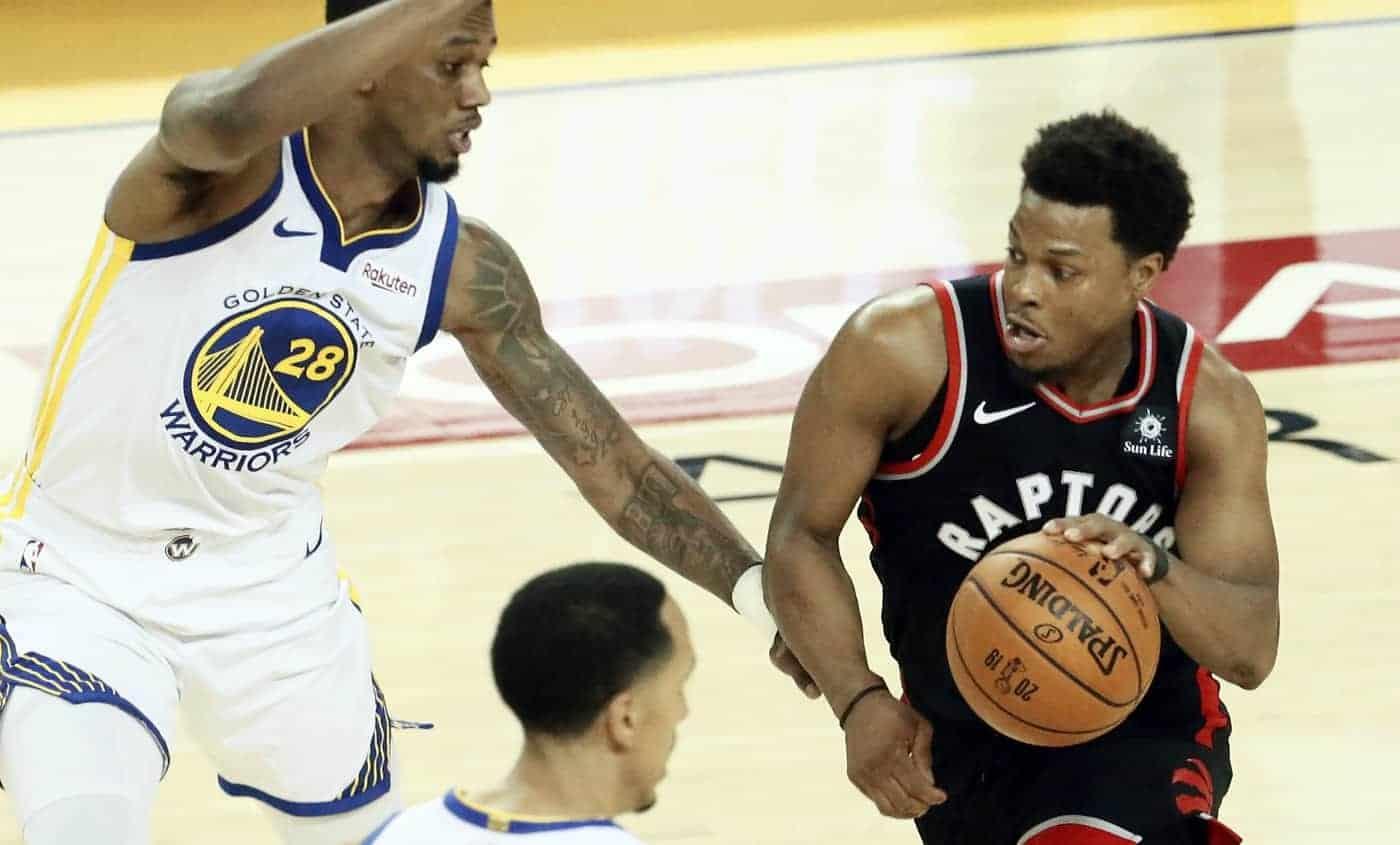 Les Raptors prennent le game 3 malgré un Curry époustouflant
