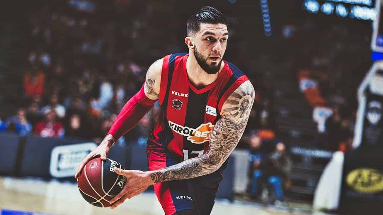 Vincent Poirier signe aux Boston Celtics !