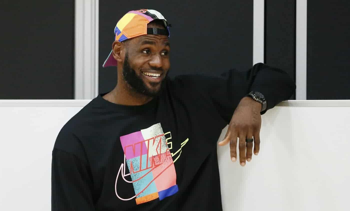 LeBron défendu par les joueurs NBA : «Il est juste heureux pour son fils»