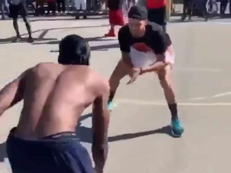 Steph Curry se fait (un peu) taffer sur un playground