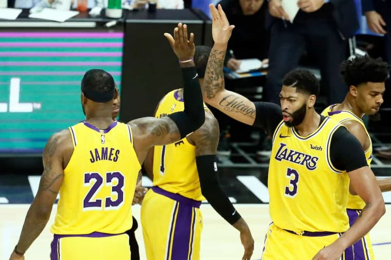 Anthony Davis, un contrat court aux Lakers à cause de LeBron James ?