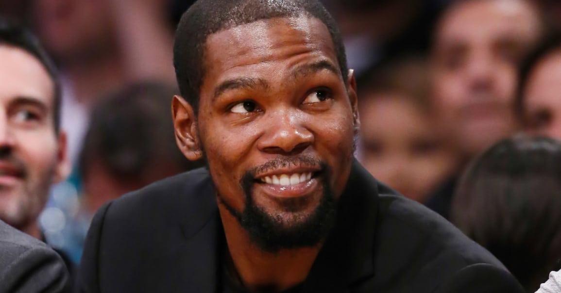 Kevin Durant et 6 autres All-Stars au tournoi NBA2K en live !
