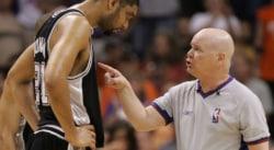 Il y a 13 ans, Tim Duncan était expulsé pour avoir trop rigolé sur le banc