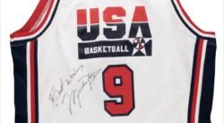 Un maillot porté par Michael Jordan à choper… si vous êtes blindé