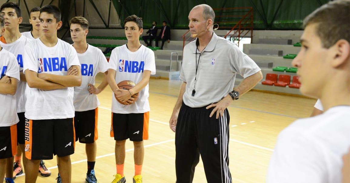 Avec la 'Jr. NBA at Home', la NBA fait tout pour vous maintenir en forme pendant le confinement