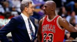 Michael Jordan et ses Bulls auraient chuté même sans sa retraite, assure Kenny Smith