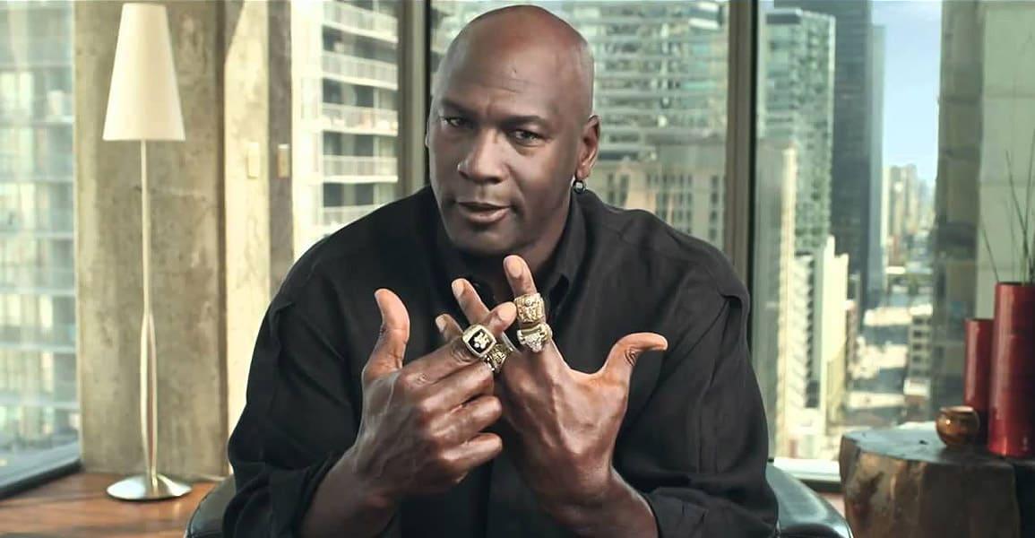 Michael Jordan et la partie de cartes de 36 heures qui a repoussé son retour en NBA