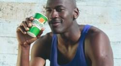 Dans les années 90, les joueurs NBA récupéraient… en buvant de la bière
