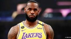 LeBron James prévient les Lakers avant le début des Playoffs…