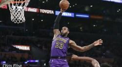 Un seul homme a déjà contré deux dunks de LeBron James