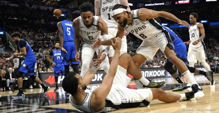 Course aux playoffs : Attention, les Spurs ne sont pas morts !