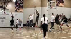 Kevin Durant et John Wall sont en jambes et brillent dans un pick up game