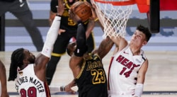De mauvaise foi, Frank Vogel et les Lakers accusent l'arbitrage