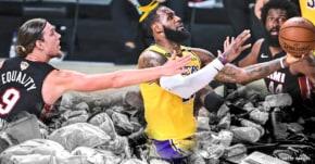 LeBron James a même joué le garbage time, aurait-il une idée derrière la tête ?