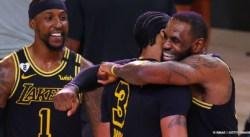 Les Lakers ont un concurrent de taille à l'Ouest selon Magic Johnson