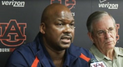 La fac d'Auburn s'autosanctionne et se retire de la course au titre NCAA