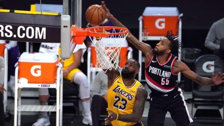 C'est tendu dans le Far West : que doivent faire les Lakers à deux matches de la fin ?