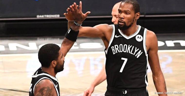 CQFR : le duo Kevin Durant – Kyrie Irving beaucoup trop chaud, la réaction de LeBron James…