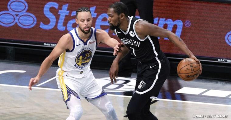 Kevin Durant like un tweet anti-Stephen Curry en oubliant de changer de compte…
