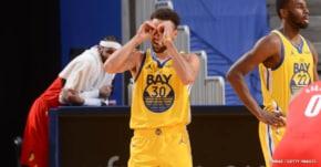 Des paniers et un niveau fous, des records, Steph Curry continue son incroyable show