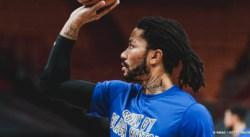 Derrick Rose, un geste classe pour les plus jeunes dès son arrivée aux Knicks