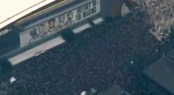 65 000 personnes pour célébrer le titre des Bucks devant la salle, quelle atmosphère dingue !
