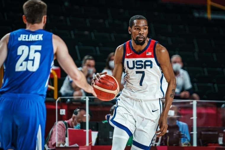 Team USA file en quarts en mode diesel, Kevin Durant dans l'histoire
